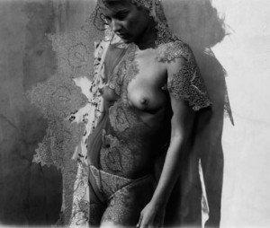 ali larter topless