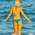 joanna_krupa_candid