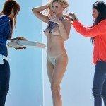 Joanna_krupa_topless_candid4