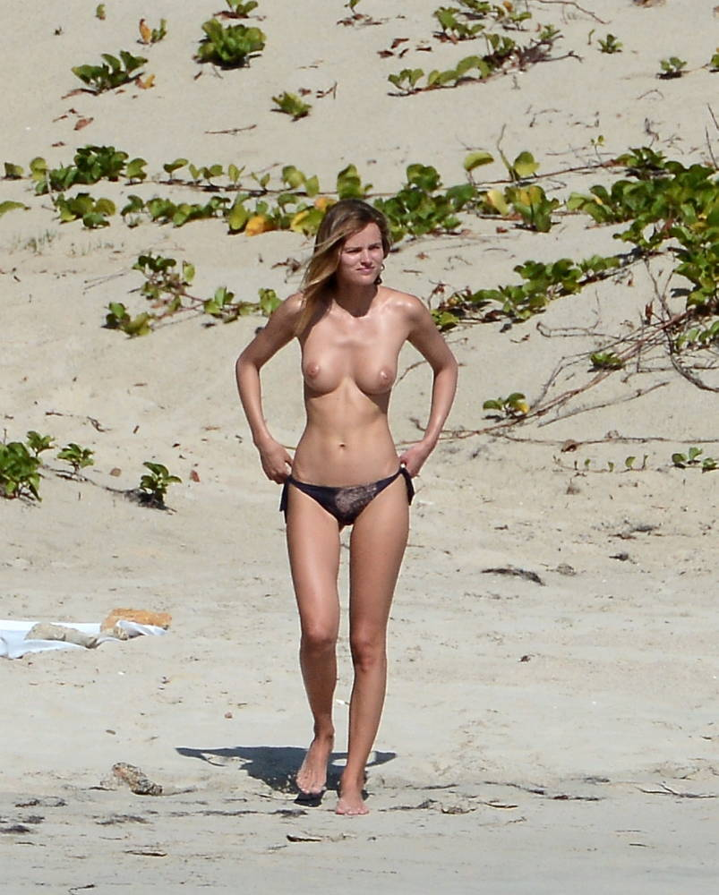 cristiano ronaldo with a nude girl