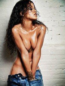 rihanna esquire 225x300 Rihanna   Esquire Magazine (December 2014)