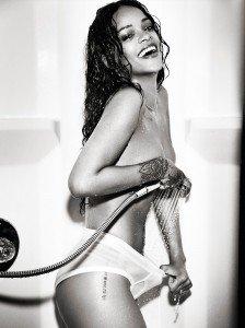 rihanna esquire4 224x300 Rihanna   Esquire Magazine (December 2014)