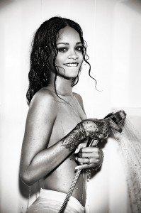 rihanna esquire6 199x300 Rihanna   Esquire Magazine (December 2014)