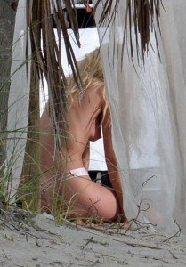 hosk 209x300 Elsa Hosk on a Victorias Secret photoshoot in Miami 2/18/15