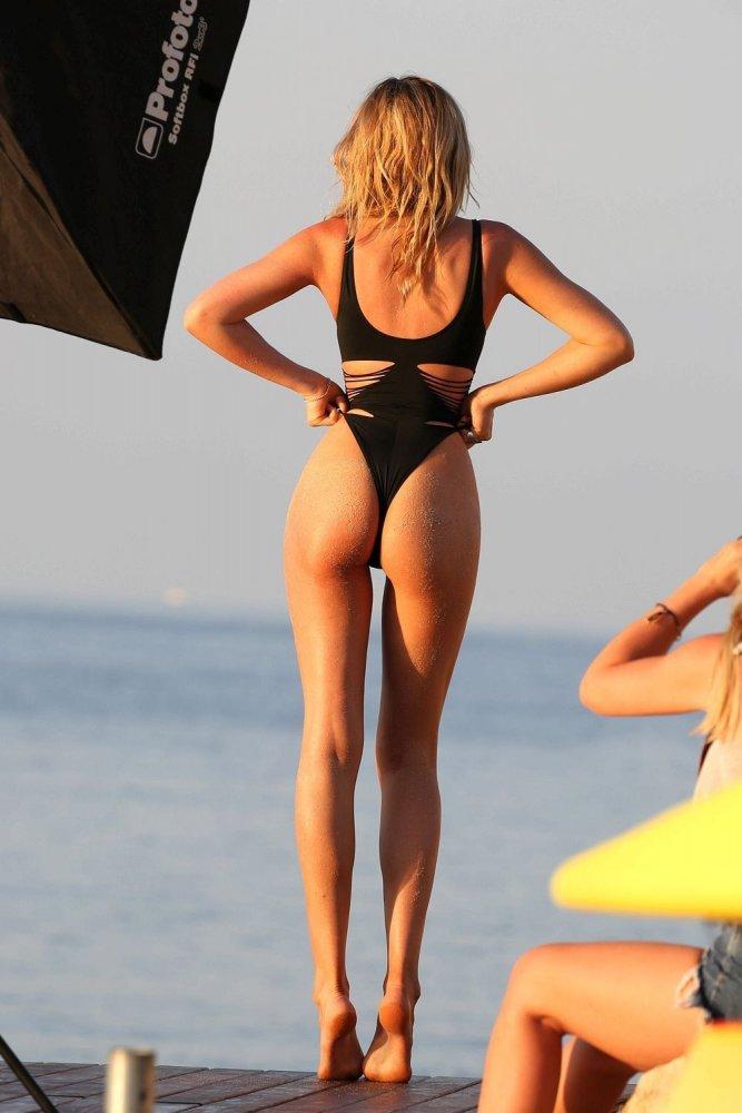 abigail clancy british swimsuit - photo #6