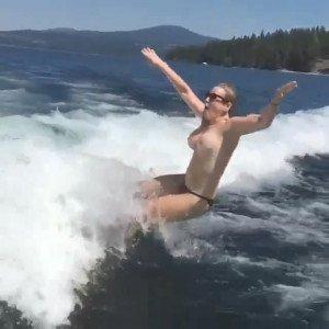 Chelsea_Handler_Skiing_Topless3