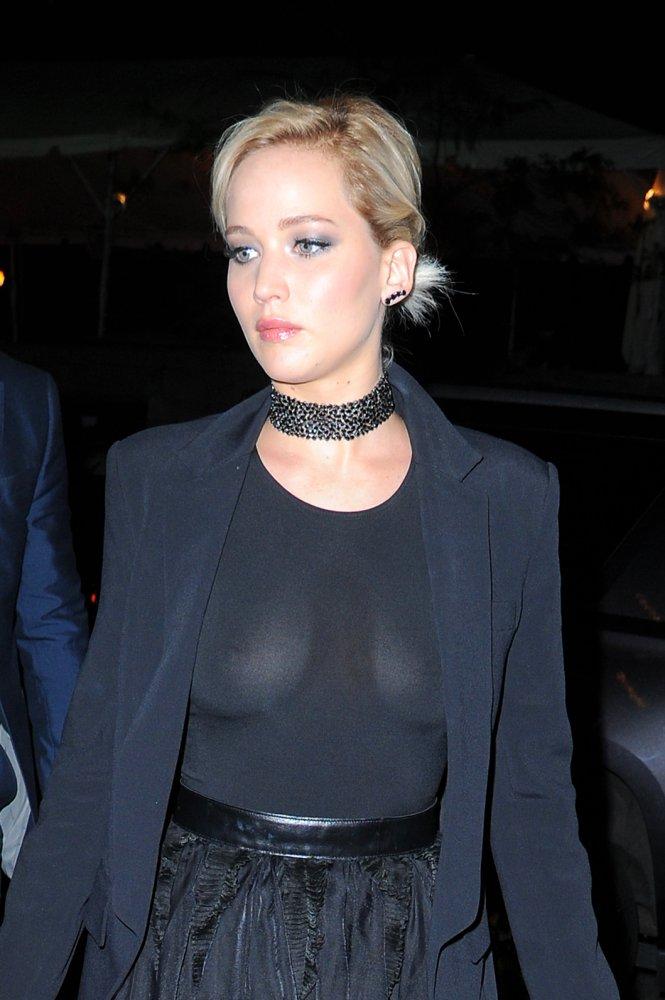 jennifer lawrence see thru boobs