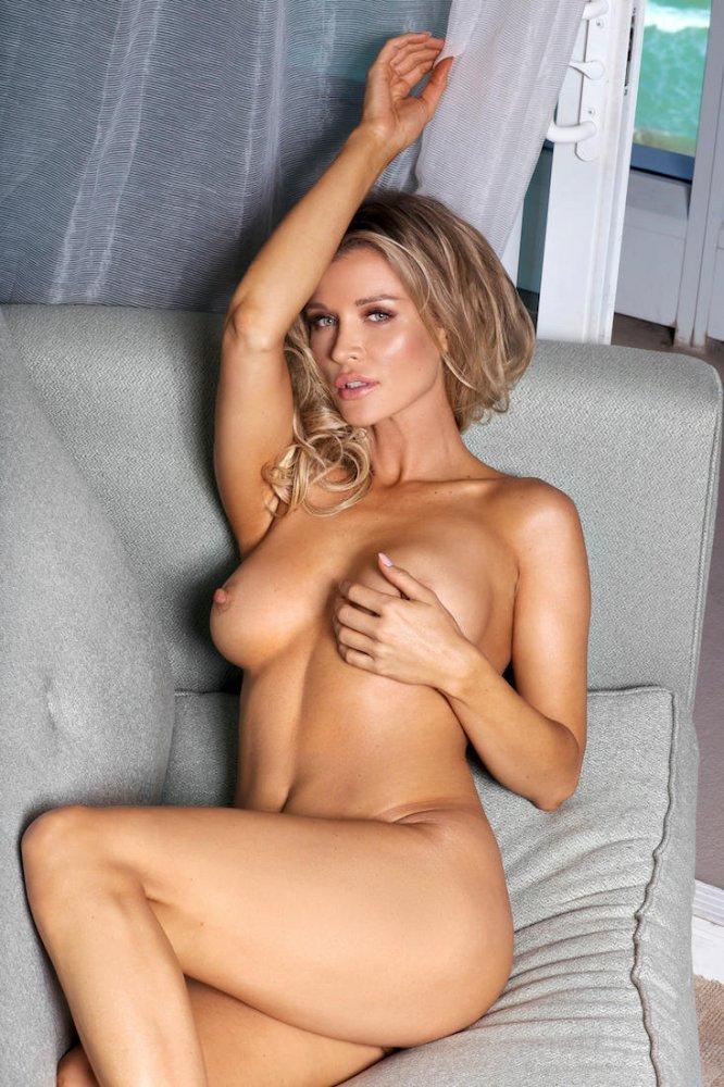Celebs who like anal
