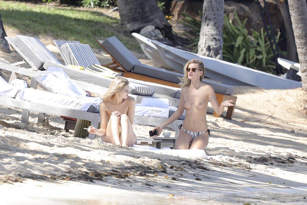 edita vilkeviciute topless jan 2017