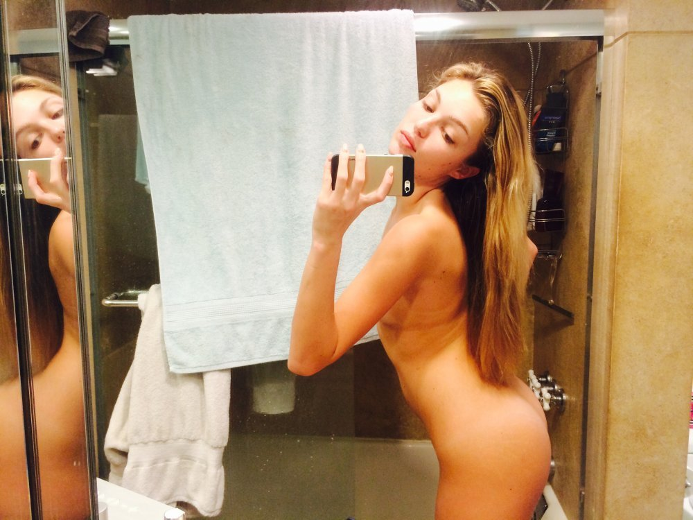 lili simmons picture naked