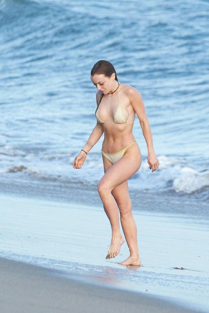 francesca eastwood topless