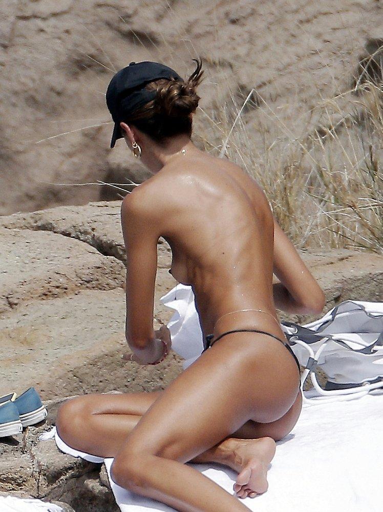 Goulart nackt Izabel  Izabel Goulart: